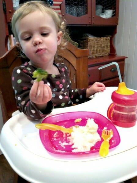 nora eatting