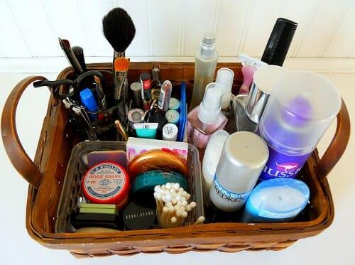 Bathroom-Clutter2