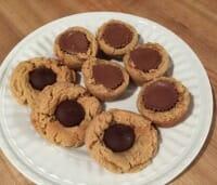 peanut butter cookies thumb