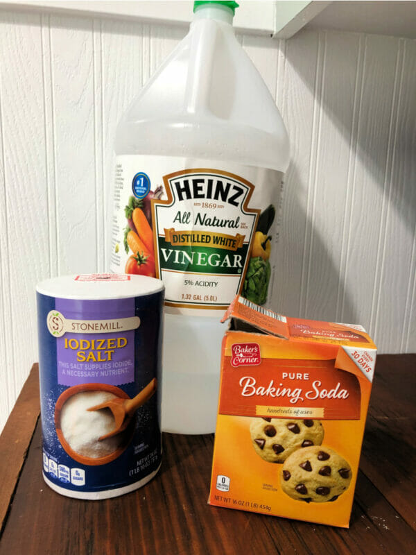 ingredients to clear a clogged drain